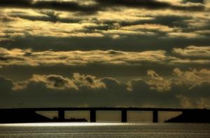 bridge_clouds_light
